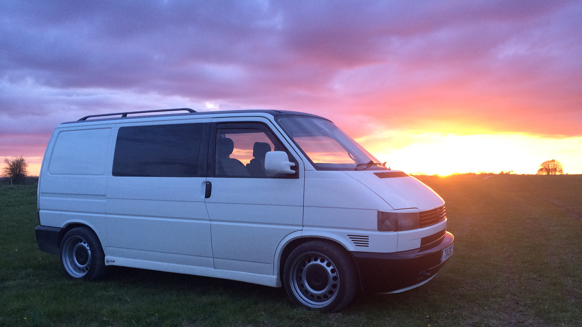Parked up on the northern edge of Salisbury Plain at sunset